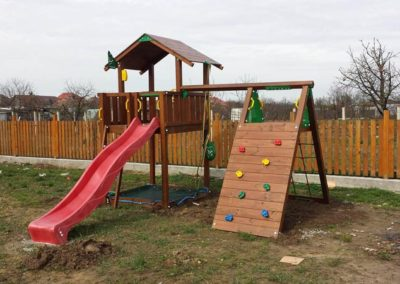 Loc de joaca copii Jungle Gym Chalet si Modul Climb Extra perete de catarare