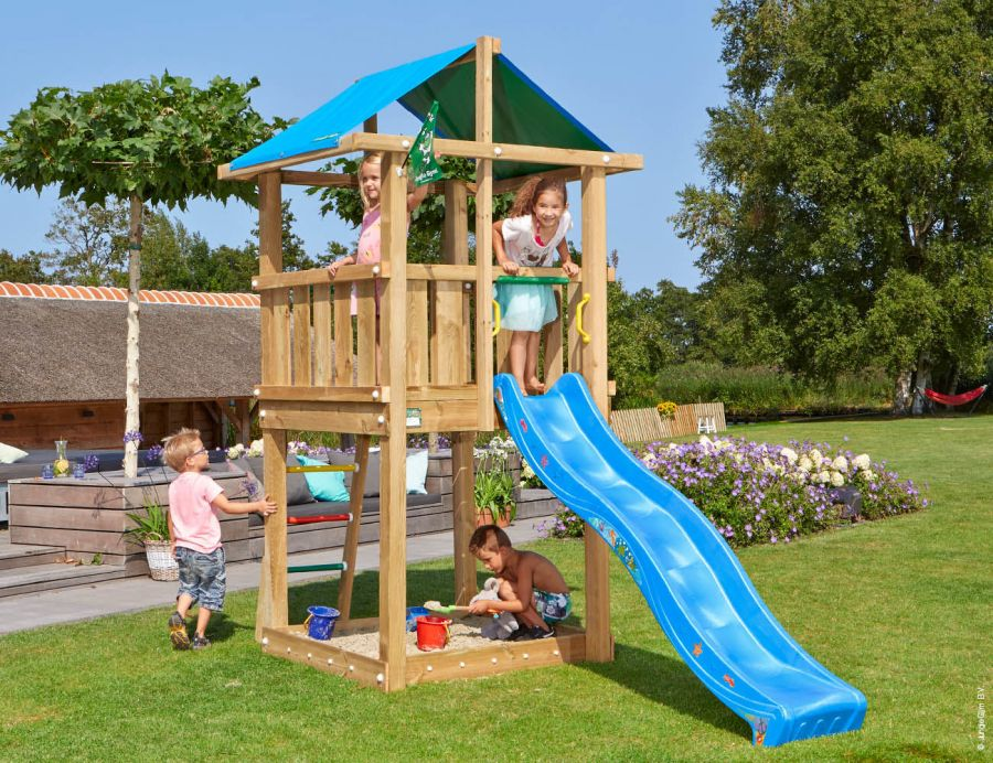 climbing-frames-and-slides-jungle-hut