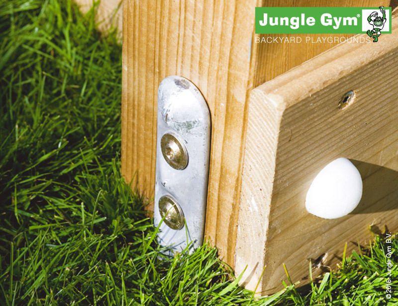 climbing-frames-for-small-gardens-jungle-castle-5