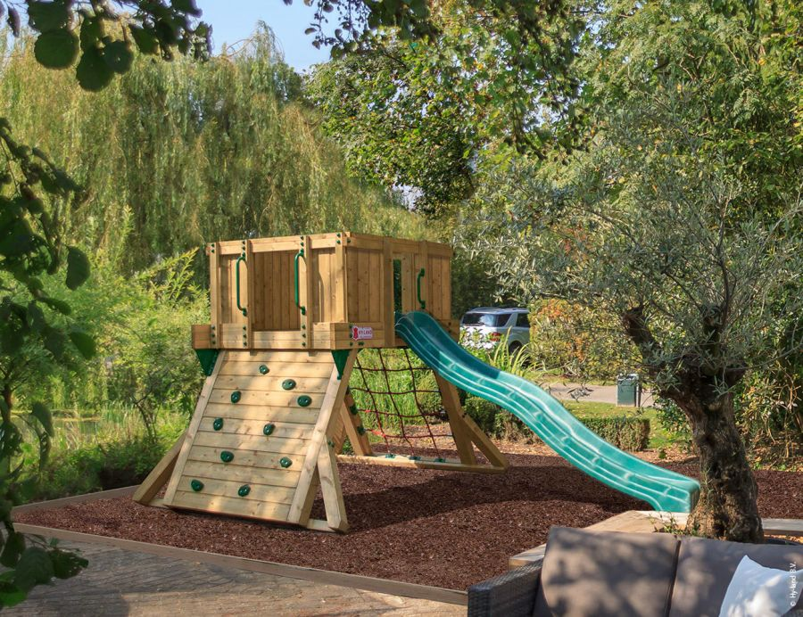 commercial-play-system-climbing-frame-q1