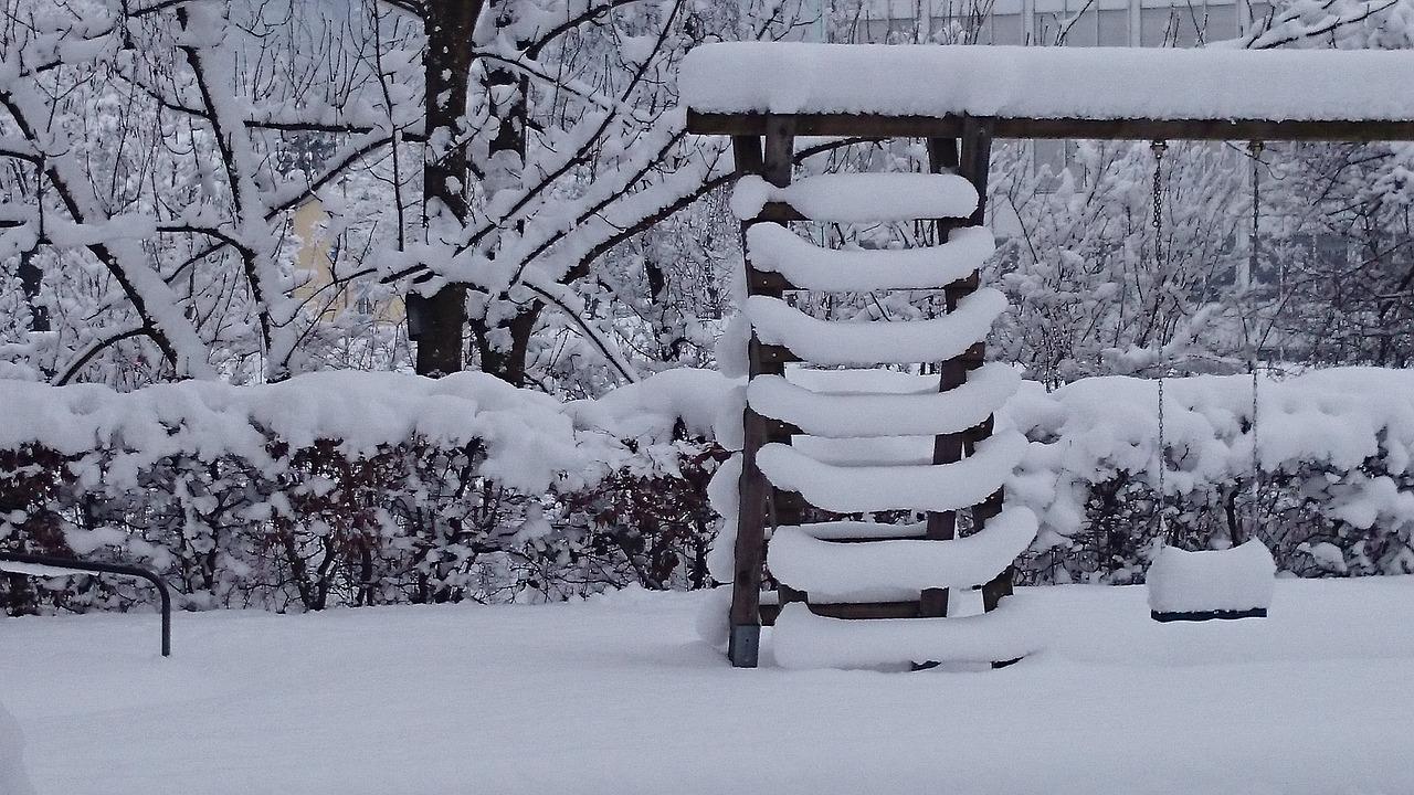 zapada loc de joaca iarna